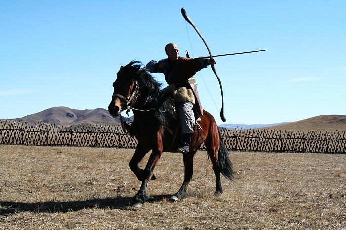 丰宁坝上草原之好玩—射箭,骑马射箭,原野射箭